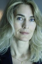 Laura Bach