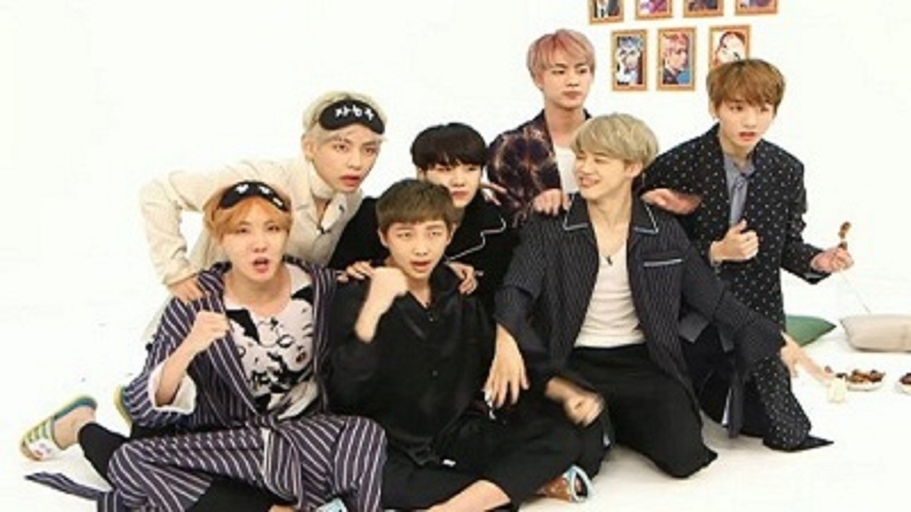 TV Time - BTS vLive show (TVShow Time)