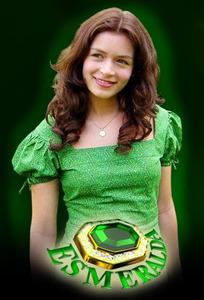 Esmeralda (2004)