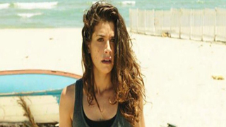 Tv Time Rosy Abate La Serie S01e05 The Mystery Of The Playa Is Revealed Tvshow Time