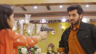 TV Time - Mirzapur S01E09 - Yogya (TVShow Time)